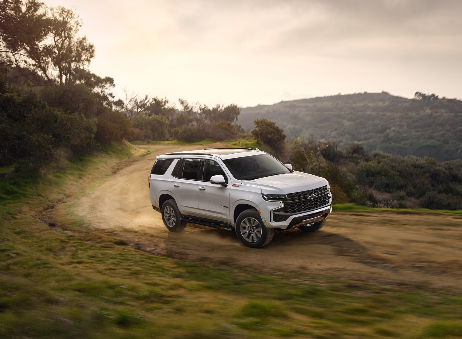 2021 Chevrolet Tahoe Z71 Front Three-Quarter Wallpapers (2)
