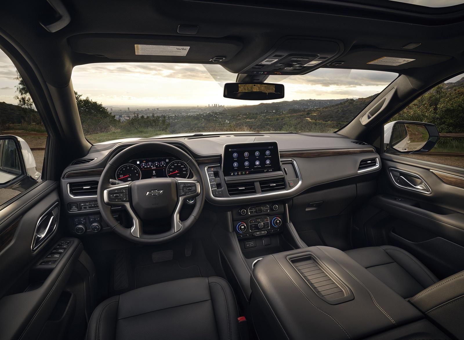 2021 Chevrolet Tahoe Z71 Interior Wallpapers (5)