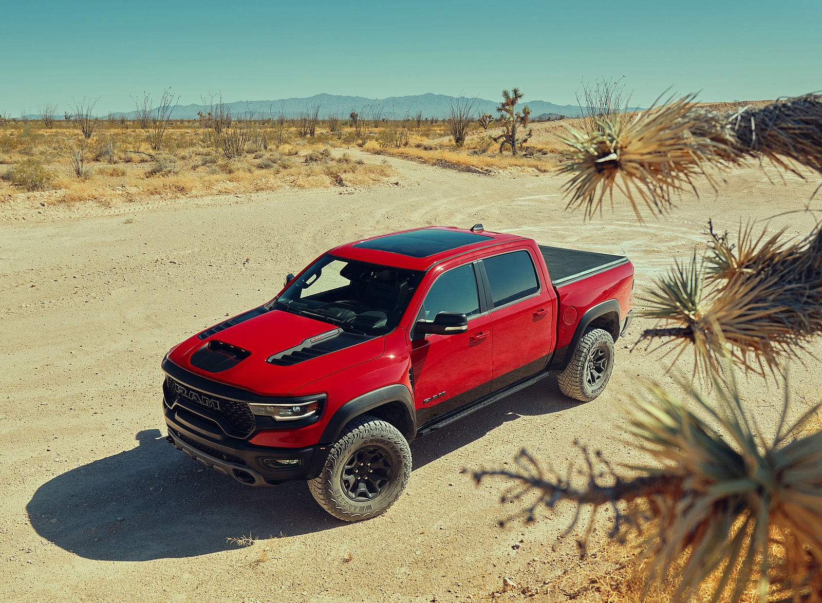 2021 Ram 1500 TRX Front Three-Quarter Wallpapers (10)