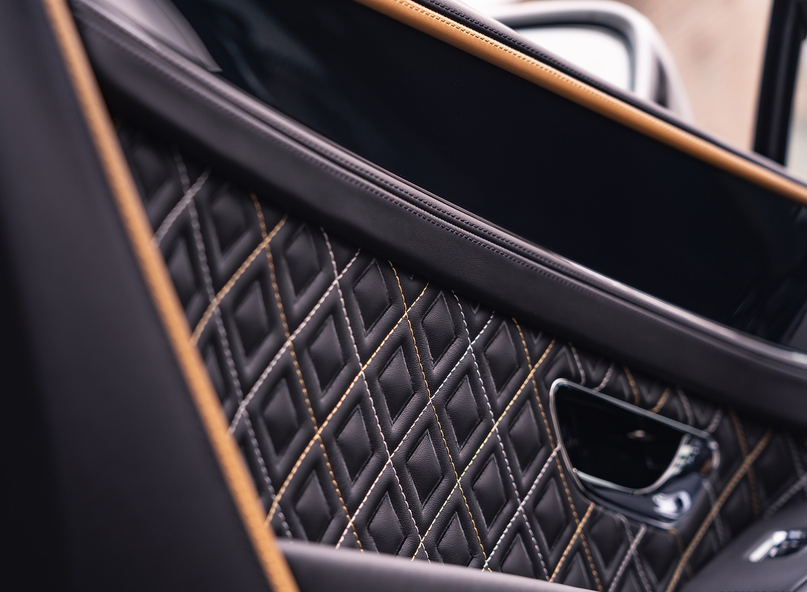 2021 Bentley Continental GT Mulliner Interior Detail Wallpapers (9)