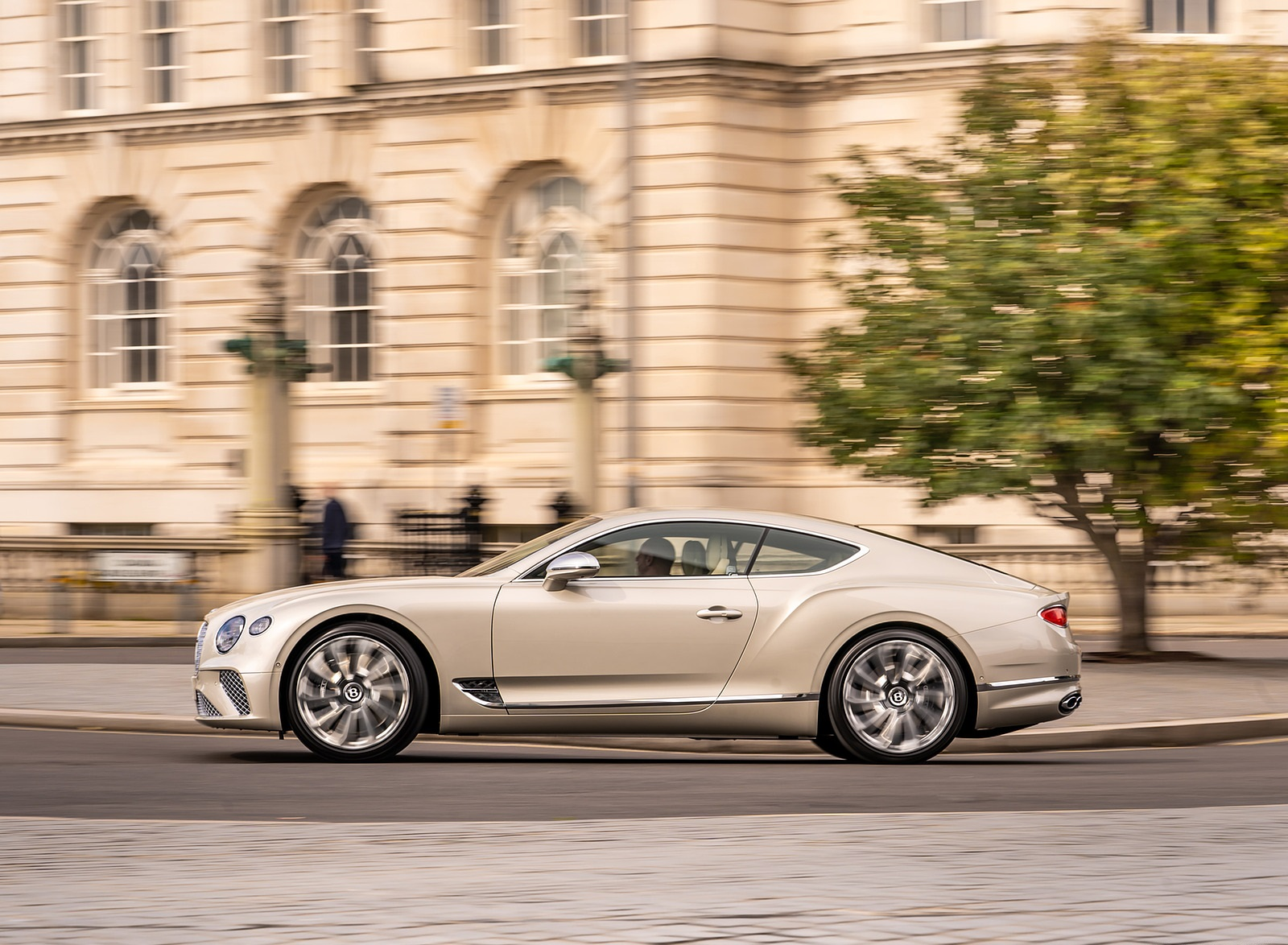 2021 Bentley Continental GT Mulliner Side Wallpapers (2)