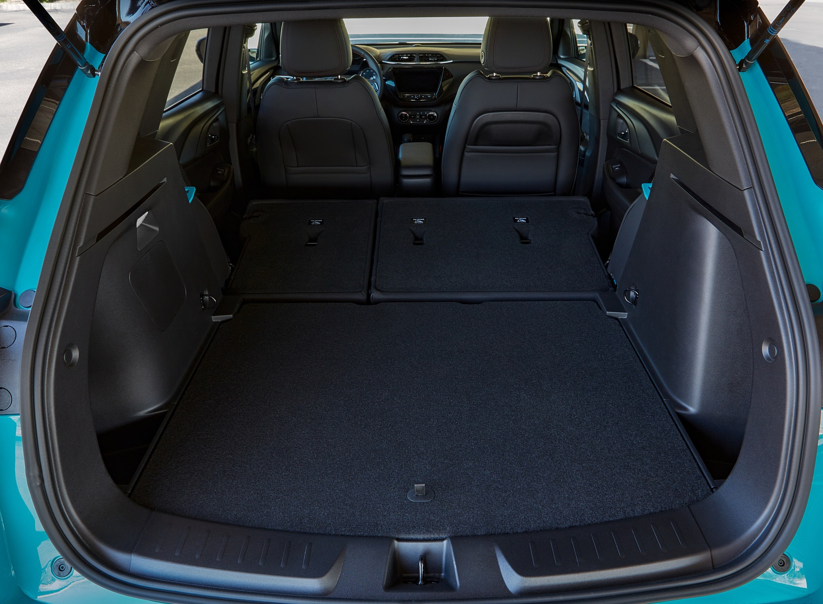2021 Chevrolet Trailblazer RS Trunk Wallpapers (10)