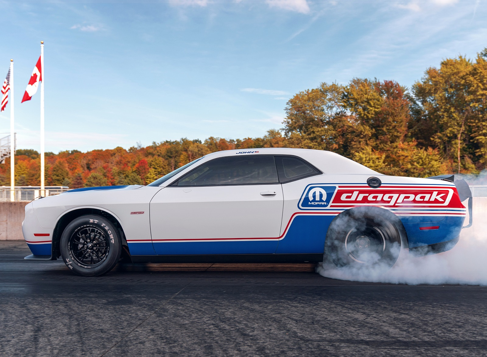 2021 Dodge Challenger Mopar Drag Pak Burnout Wallpapers  (6)