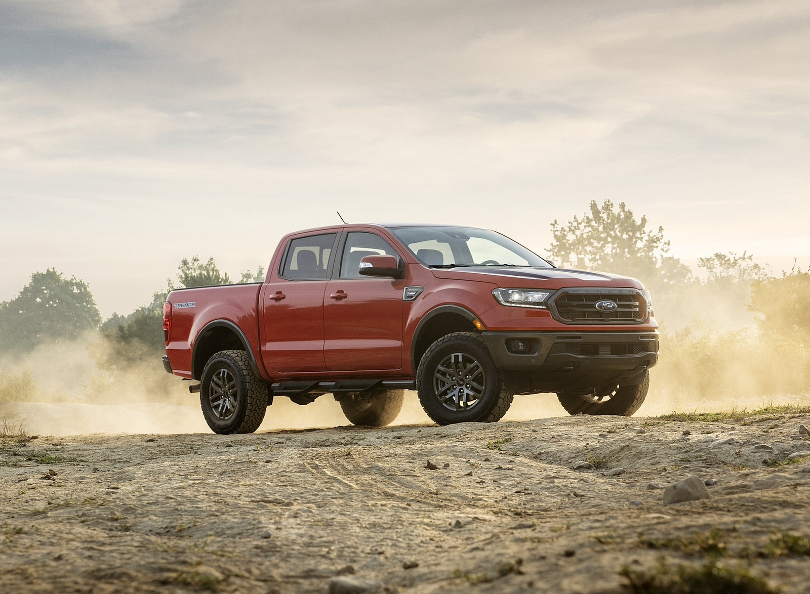 2021 Ford Ranger Tremor Off-Road Package Lariat Front Three-Quarter Wallpapers (1)