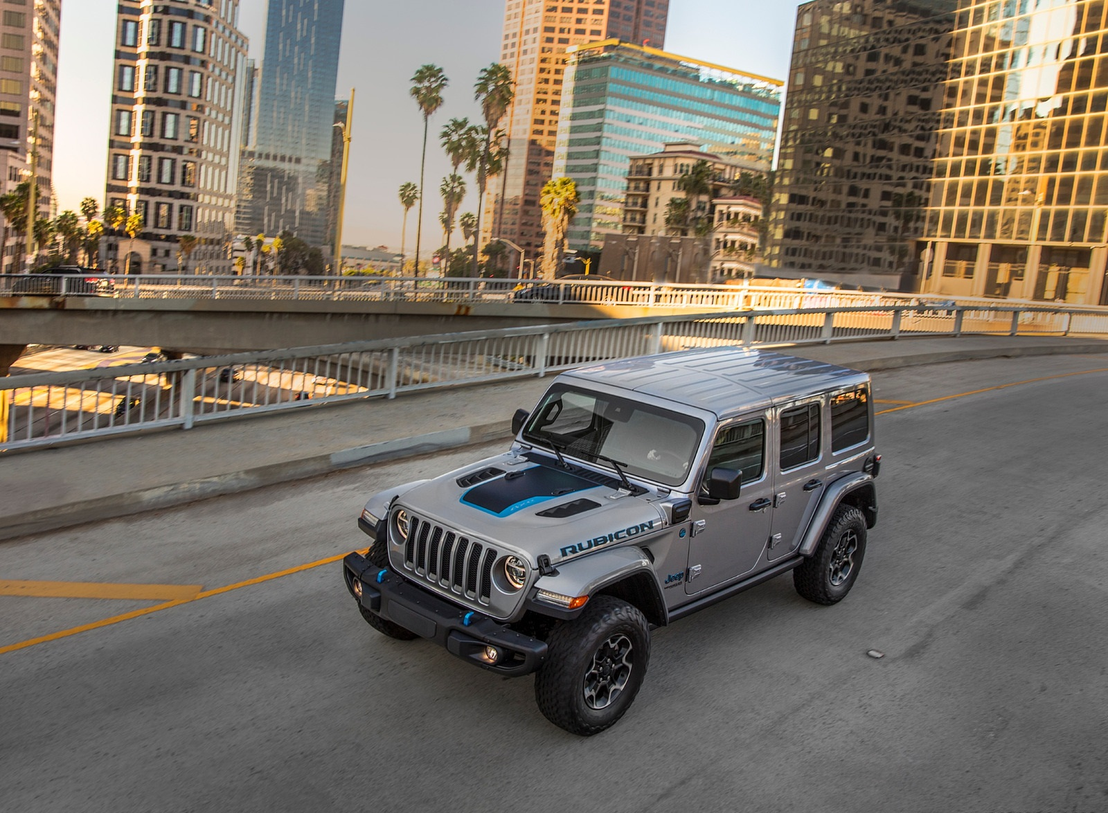 2021 Jeep Wrangler 4xe Plug-In Hybrid Front Three-Quarter Wallpapers  (6)