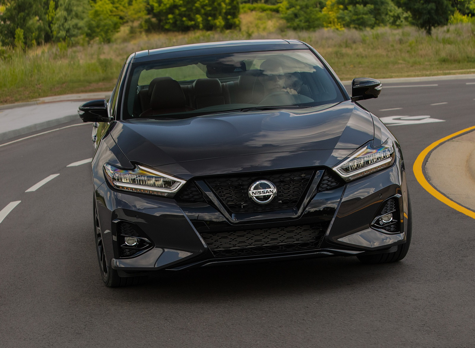 2021 Nissan Maxima 40th Anniversary Edition Front Wallpapers (2)