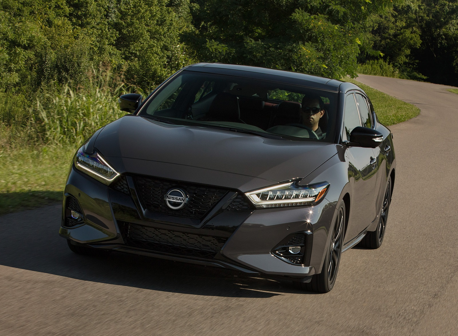 2021 Nissan Maxima 40th Anniversary Edition Front Wallpapers (3)