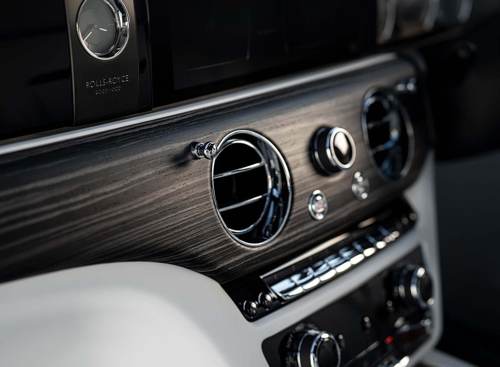 2021 Rolls-Royce Ghost Central Console Wallpapers (10)