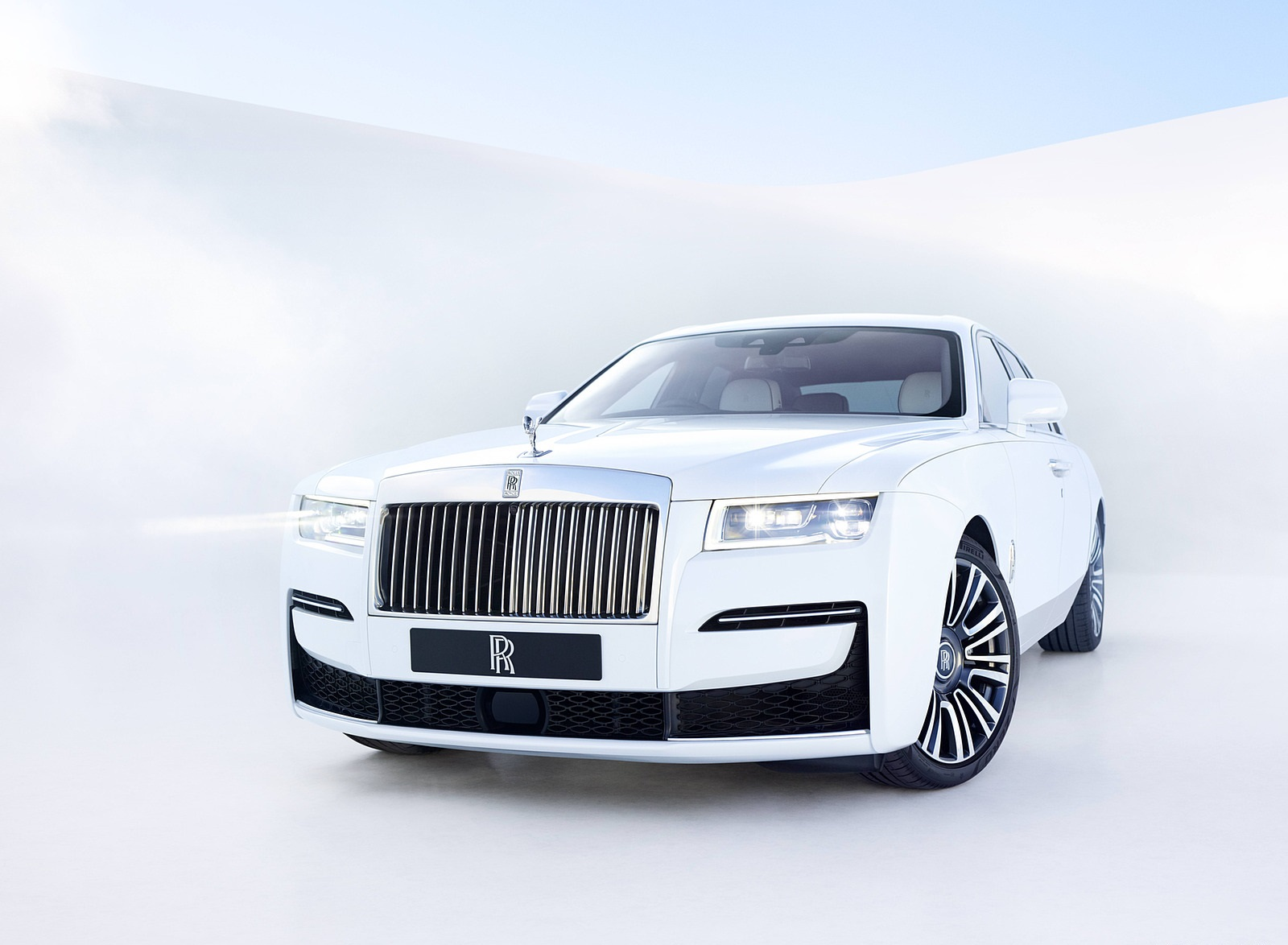 2021 Rolls-Royce Ghost Front Three-Quarter Wallpapers (1)