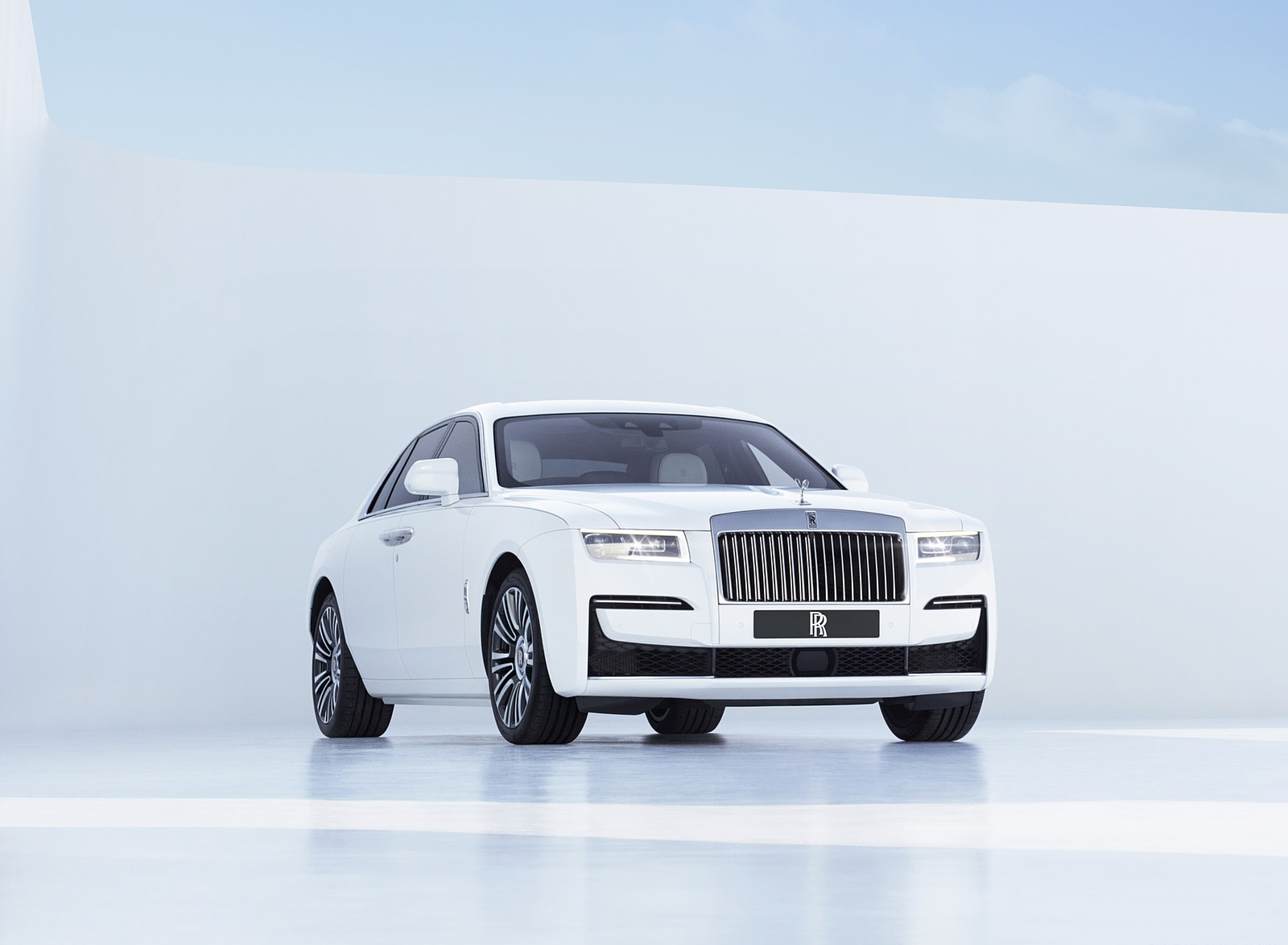 2021 Rolls-Royce Ghost Front Three-Quarter Wallpapers  (2)
