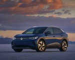 2021 Volkswagen ID.4 Pro S (US-Spec) Front Three-Quarter Wallpapers 150x120 (10)