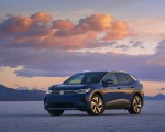 2021 Volkswagen ID.4 Pro S (US-Spec) Front Three-Quarter Wallpapers 150x120 (11)