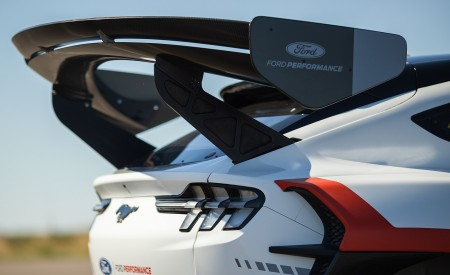 2020 Ford Mustang Mach-E 1400 Concept Spoiler Wallpapers 450x275 (37)