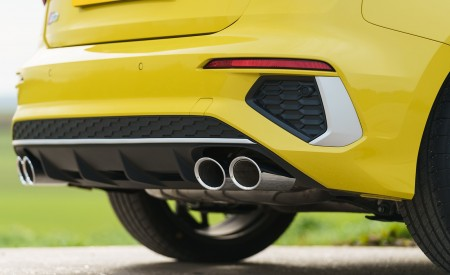 2021 Audi S3 Sportback (UK-Spec) Exhaust Wallpapers 450x275 (82)
