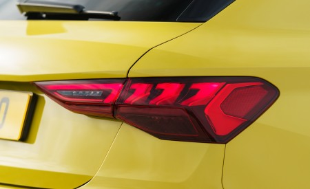 2021 Audi S3 Sportback (UK-Spec) Tail Light Wallpapers  450x275 (79)