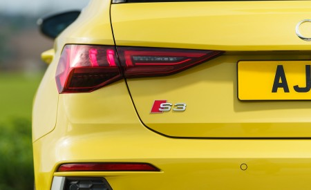 2021 Audi S3 Sportback (UK-Spec) Tail Light Wallpapers 450x275 (80)