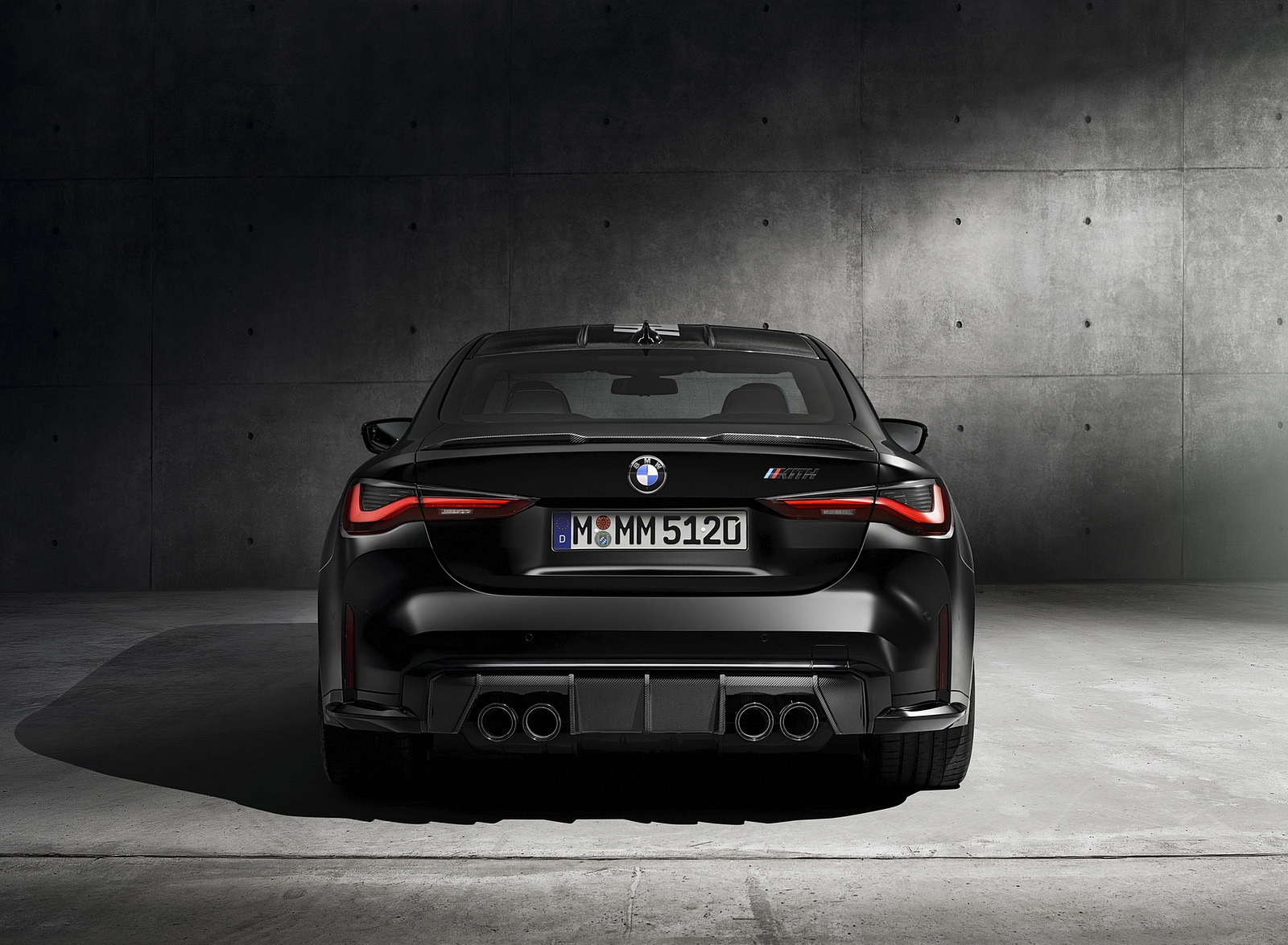 2021 BMW M4 Competition x KITH Rear Wallpapers (4)
