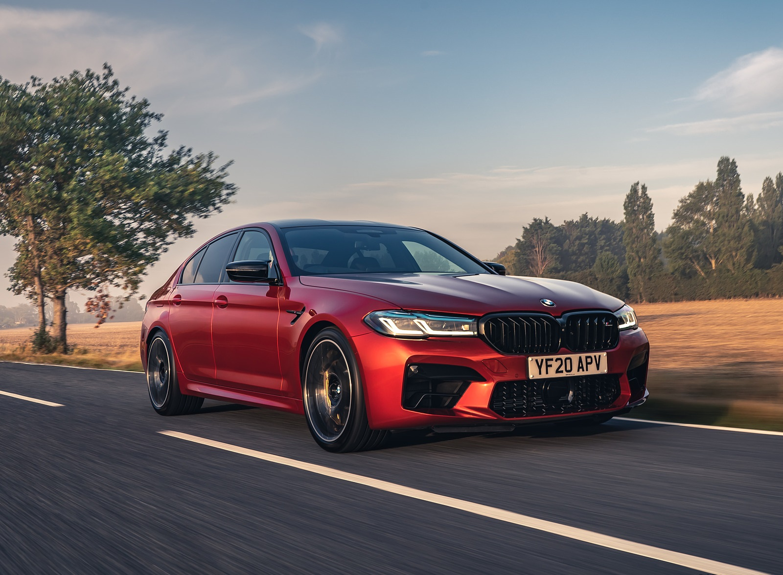 2021 BMW M5 Competition (UK-Spec) Front Three-Quarter Wallpapers  (1)