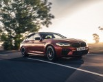2021 BMW M5 Competition (UK-Spec) Front Three-Quarter Wallpapers  150x120 (9)