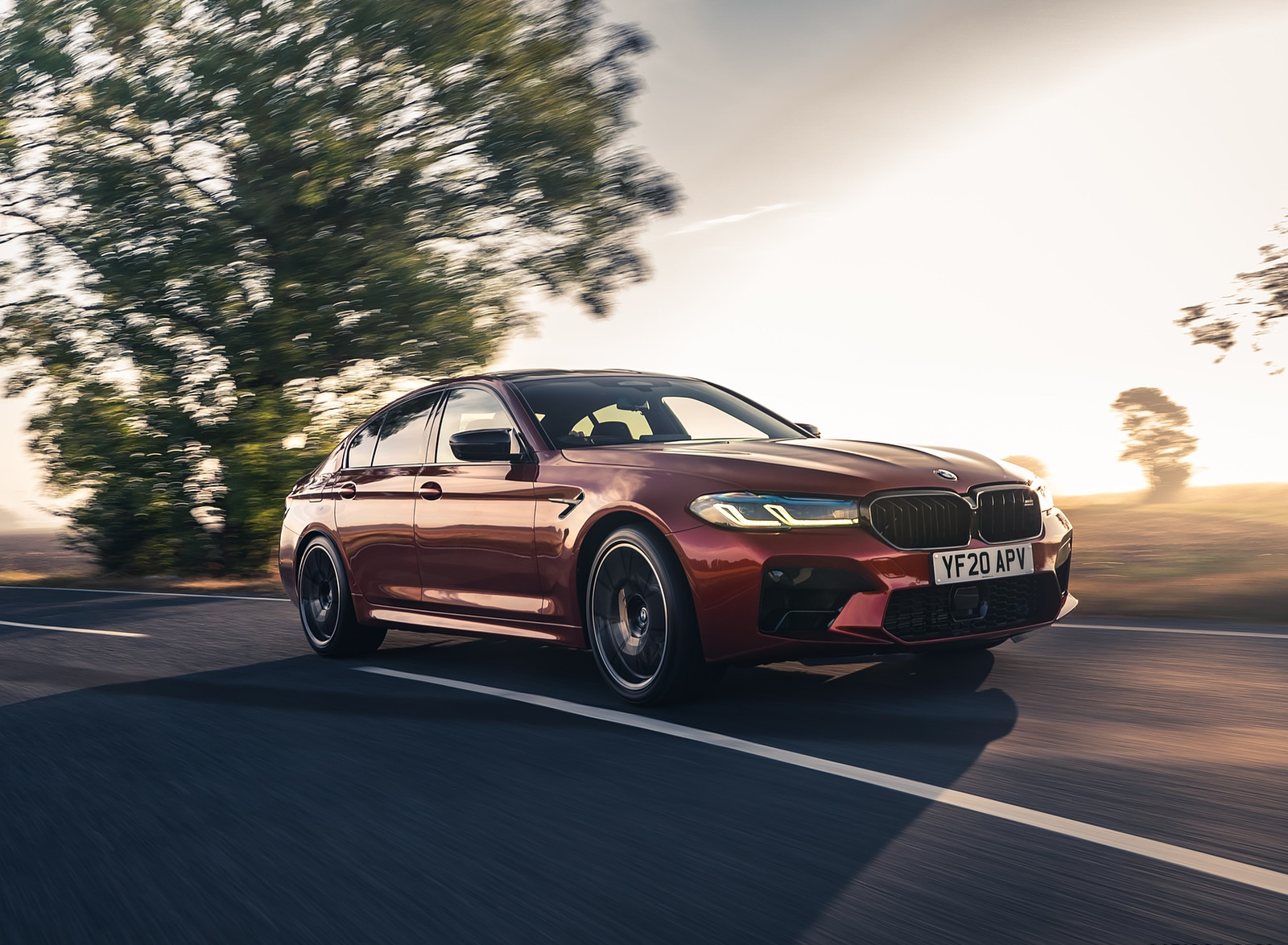 2021 BMW M5 Competition (UK-Spec) Front Three-Quarter Wallpapers  (9)