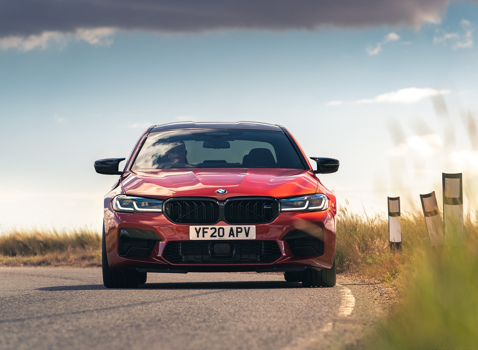 2021 BMW M5 Competition (UK-Spec) Front Wallpapers (3)