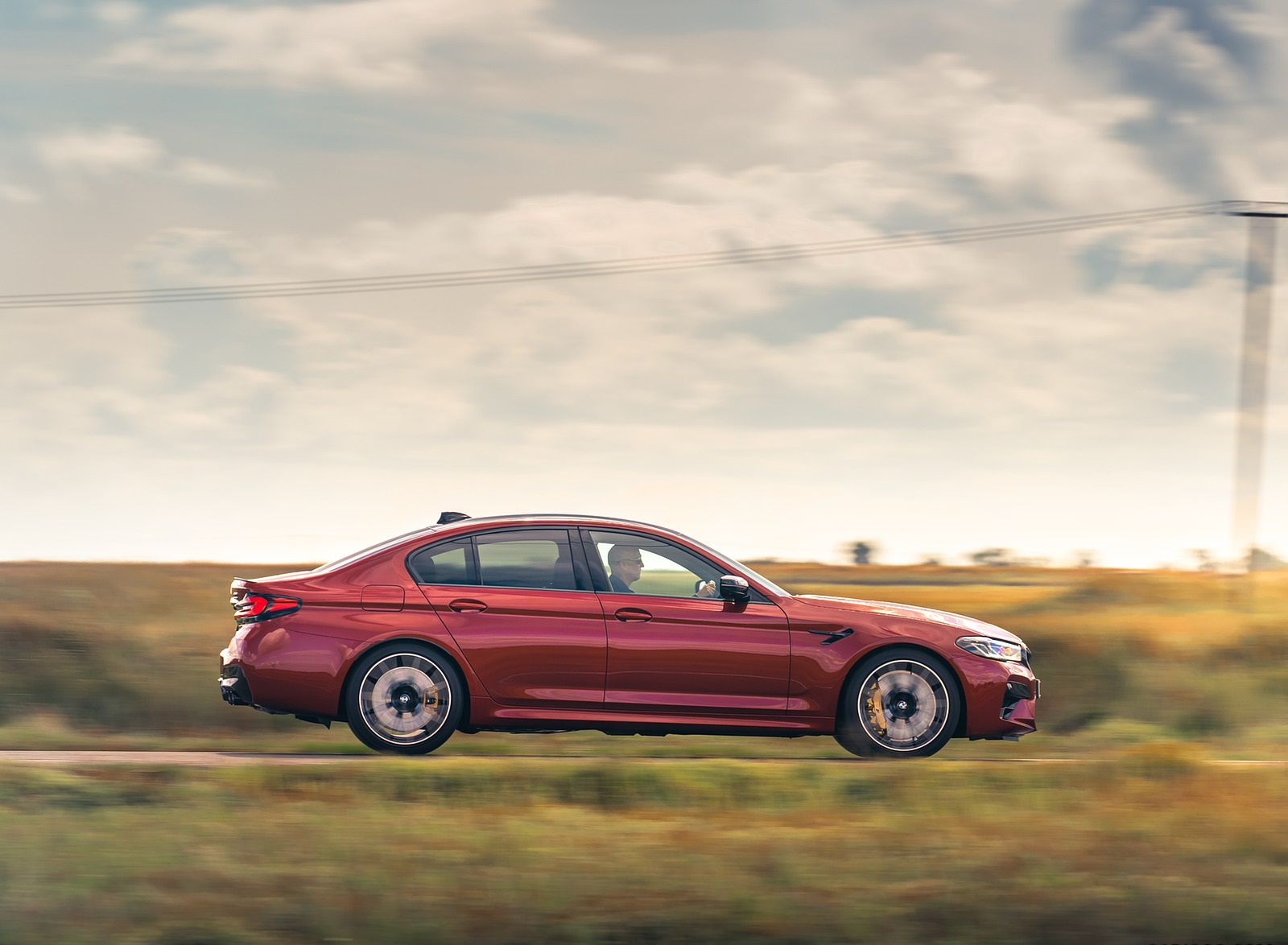 2021 BMW M5 Competition (UK-Spec) Side Wallpapers (7)
