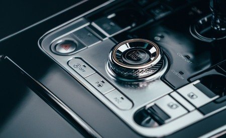 2021 Bentley Flying Spur V8 Central Console Wallpapers 450x275 (91)
