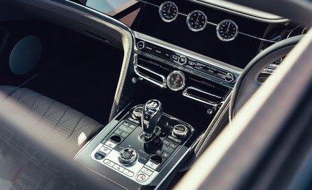 2021 Bentley Flying Spur V8 Central Console Wallpapers 450x275 (32)