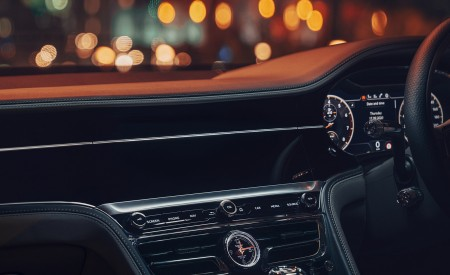 2021 Bentley Flying Spur V8 Central Console Wallpapers 450x275 (29)
