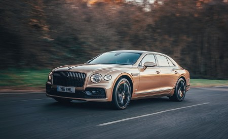 2021 Bentley Flying Spur V8 Front Three-Quarter Wallpapers 450x275 (49)