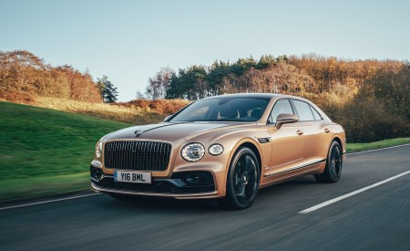 2021 Bentley Flying Spur V8 Front Three-Quarter Wallpapers 450x275 (51)