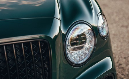 2021 Bentley Flying Spur V8 Headlight Wallpapers 450x275 (43)