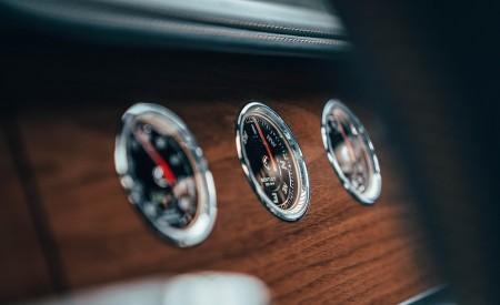2021 Bentley Flying Spur V8 Interior Detail Wallpapers 450x275 (84)
