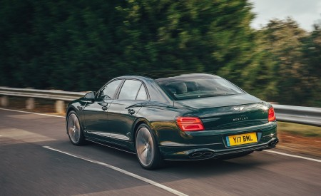 2021 Bentley Flying Spur V8 Rear Three-Quarter Wallpapers  450x275 (38)