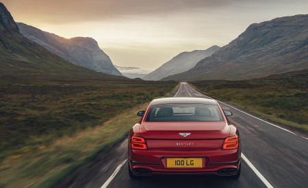 2021 Bentley Flying Spur V8 Rear Wallpapers 450x275 (6)