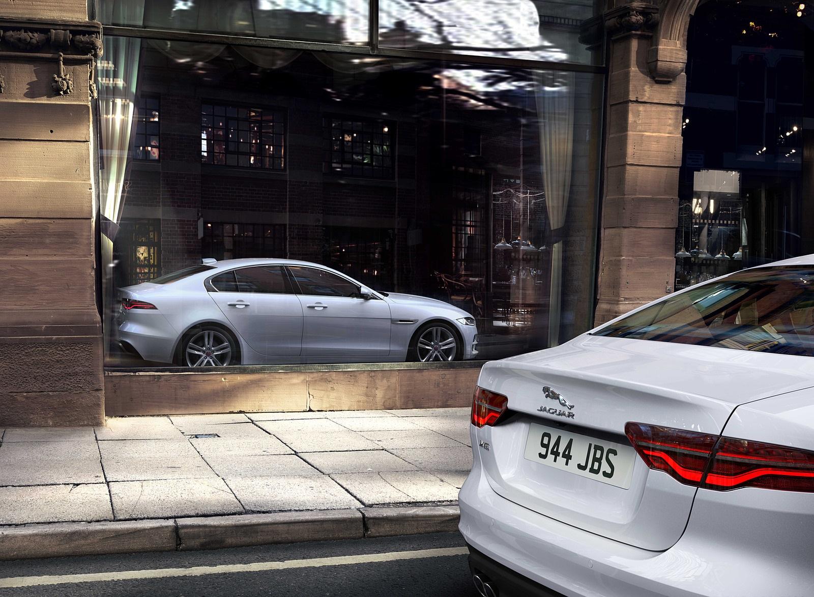 2021 Jaguar XE Detail Wallpapers (9)