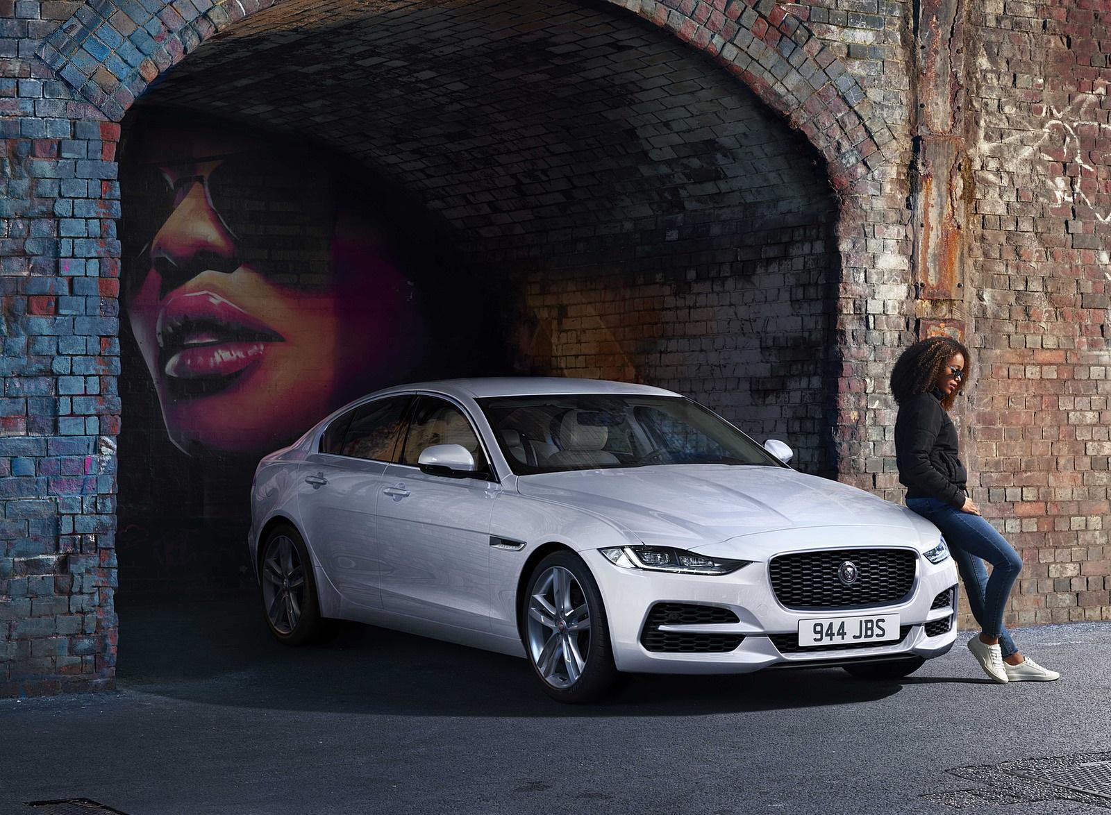 2021 Jaguar XE Front Three-Quarter Wallpapers (5)