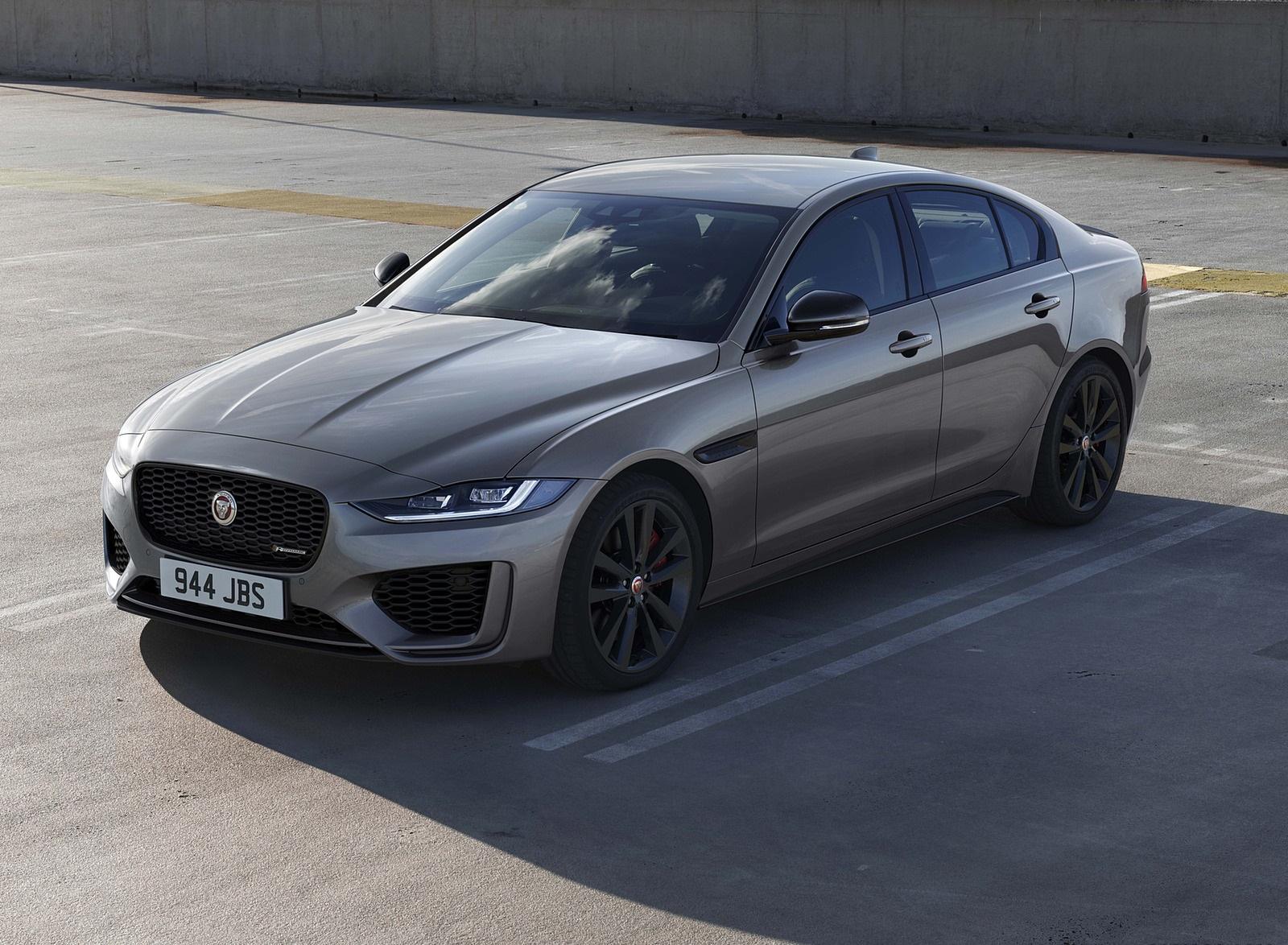 2021 Jaguar XE Front Three-Quarter Wallpapers (1)
