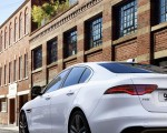 2021 Jaguar XE Tail Light Wallpapers 150x120 (12)