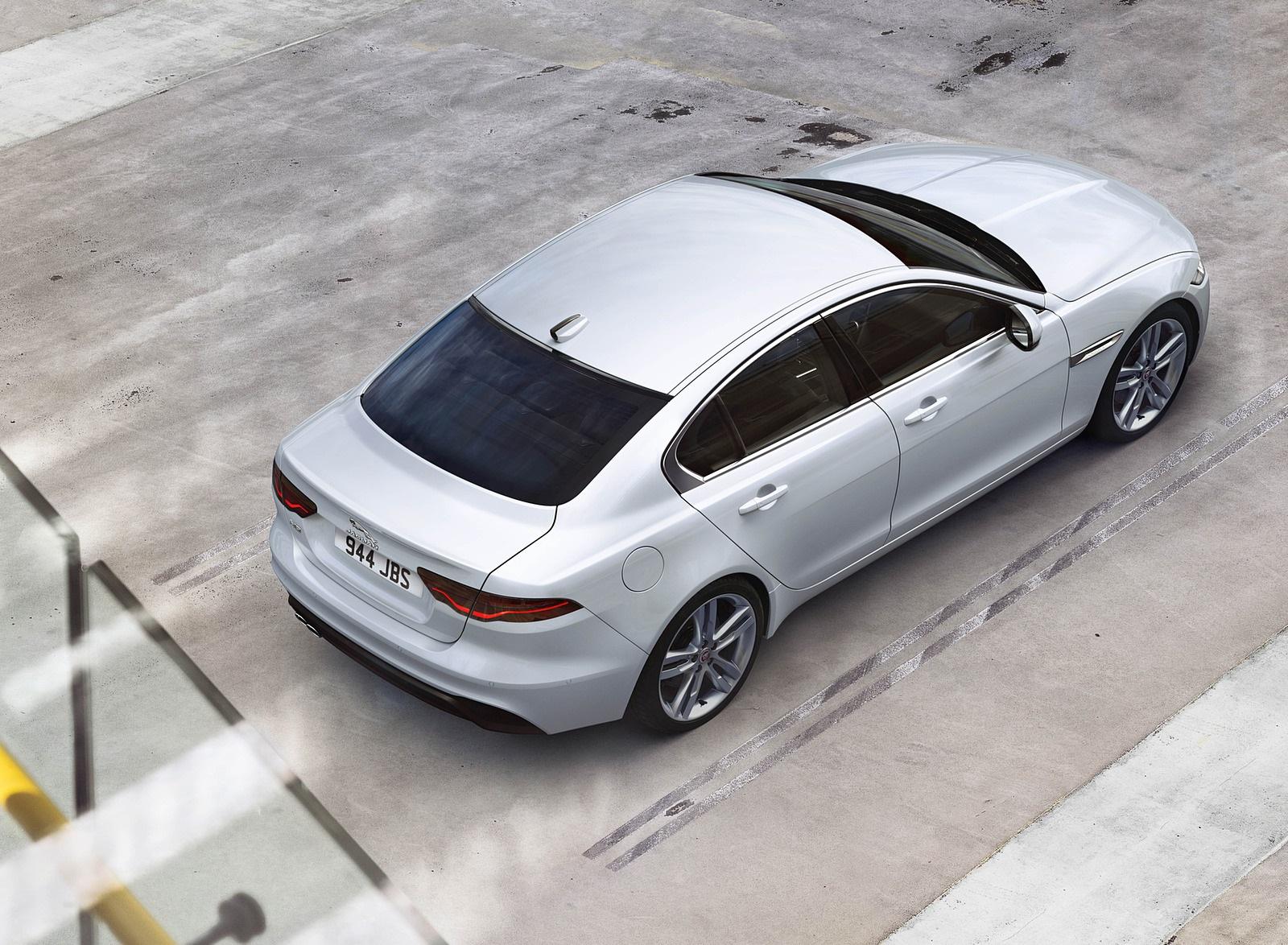 2021 Jaguar XE Top Wallpapers (10)
