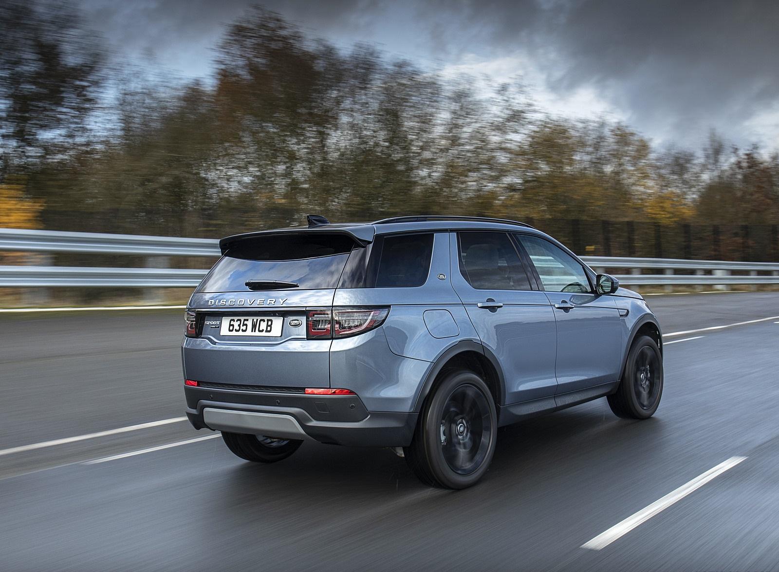 2021 Land Rover Discovery Sport P300e PHEV Rear Three-Quarter Wallpapers (3)