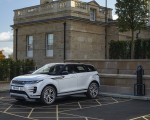 2021 Range Rover Evoque P300e PHEV Front Three-Quarter Wallpapers 150x120 (29)