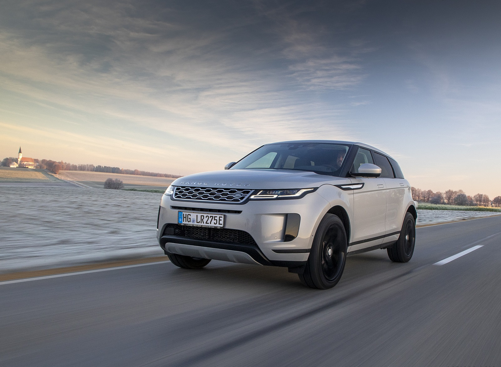 2021 Range Rover Evoque PHEV Front Three-Quarter Wallpapers (3)