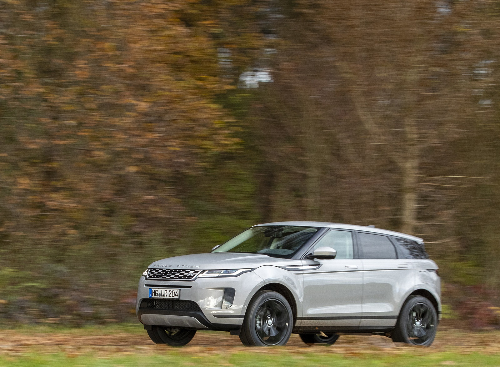2021 Range Rover Evoque PHEV Front Three-Quarter Wallpapers (6)