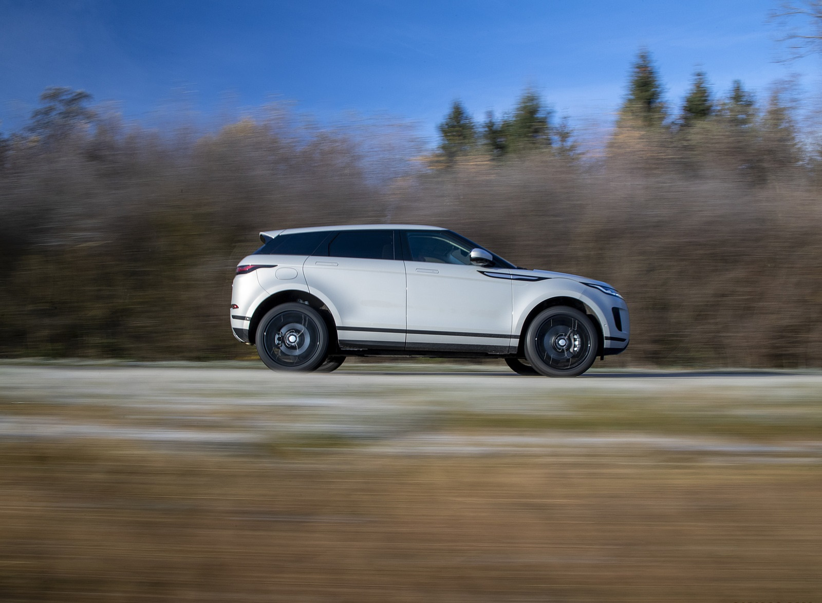 2021 Range Rover Evoque PHEV Side Wallpapers (9)