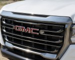 2021 GMC Canyon AT4 Off-Road Performance Edition Grill Wallpapers 150x120 (12)