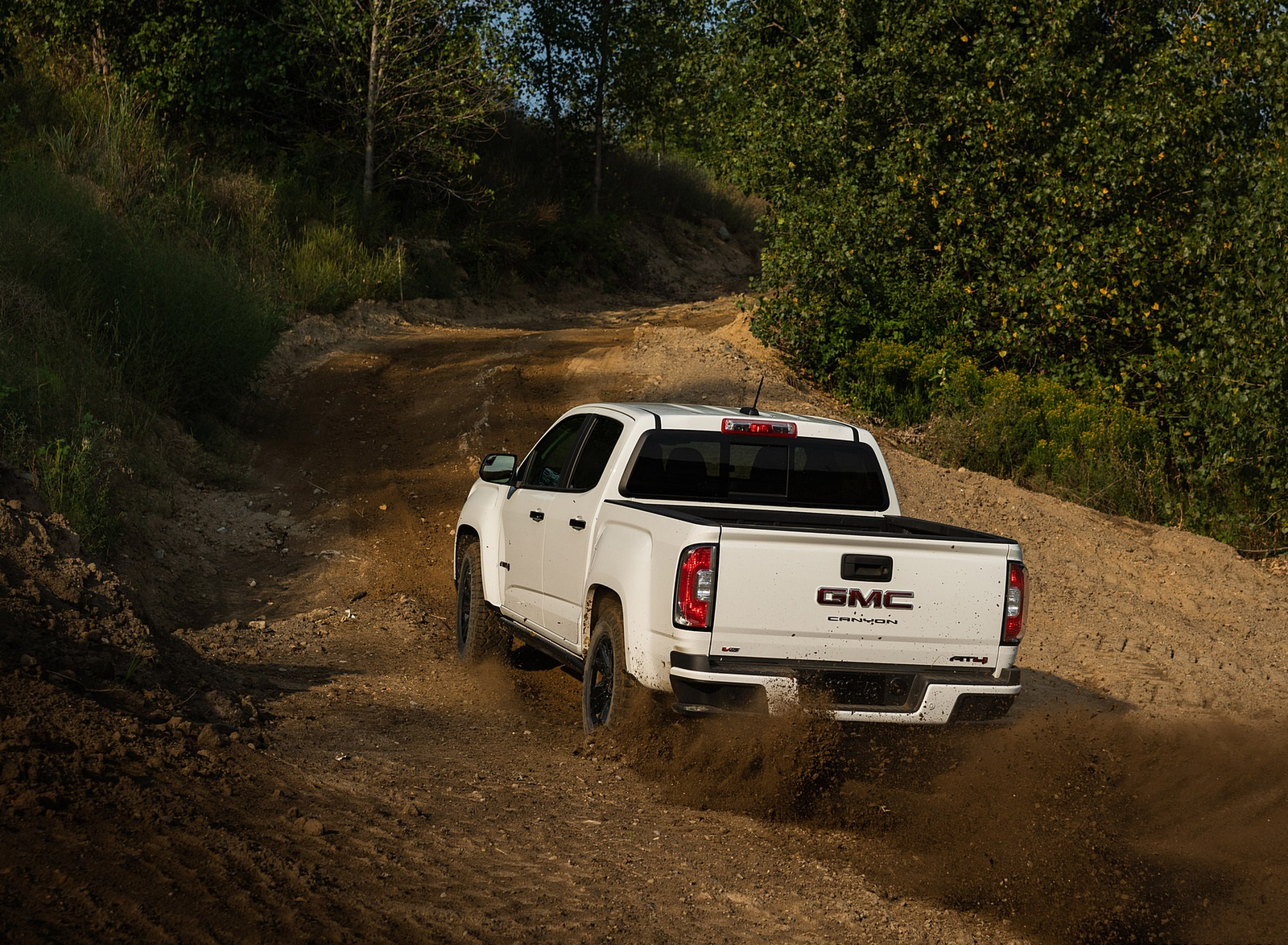 2021 GMC Canyon AT4 Off-Road Performance Edition Off-Road Wallpapers (4)