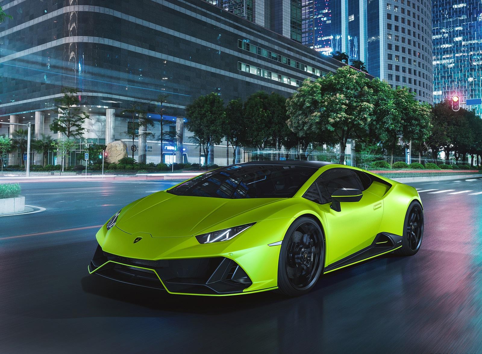 2021 Lamborghini Huracán EVO Fluo Capsule (Color: Green) Front Three-Quarter Wallpapers (4)