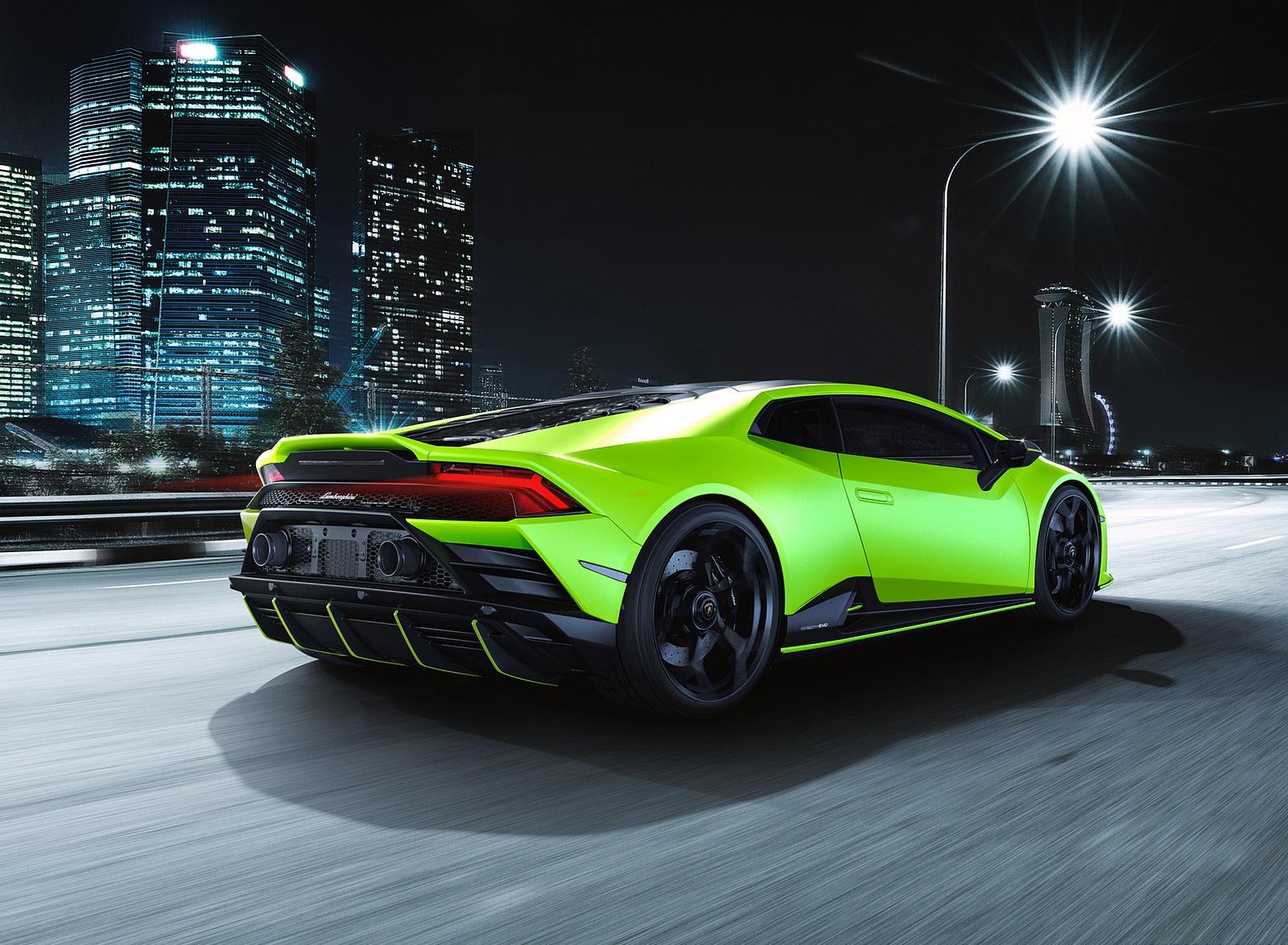 2021 Lamborghini Huracán EVO Fluo Capsule (Color: Green) Rear Three-Quarter Wallpapers (5)