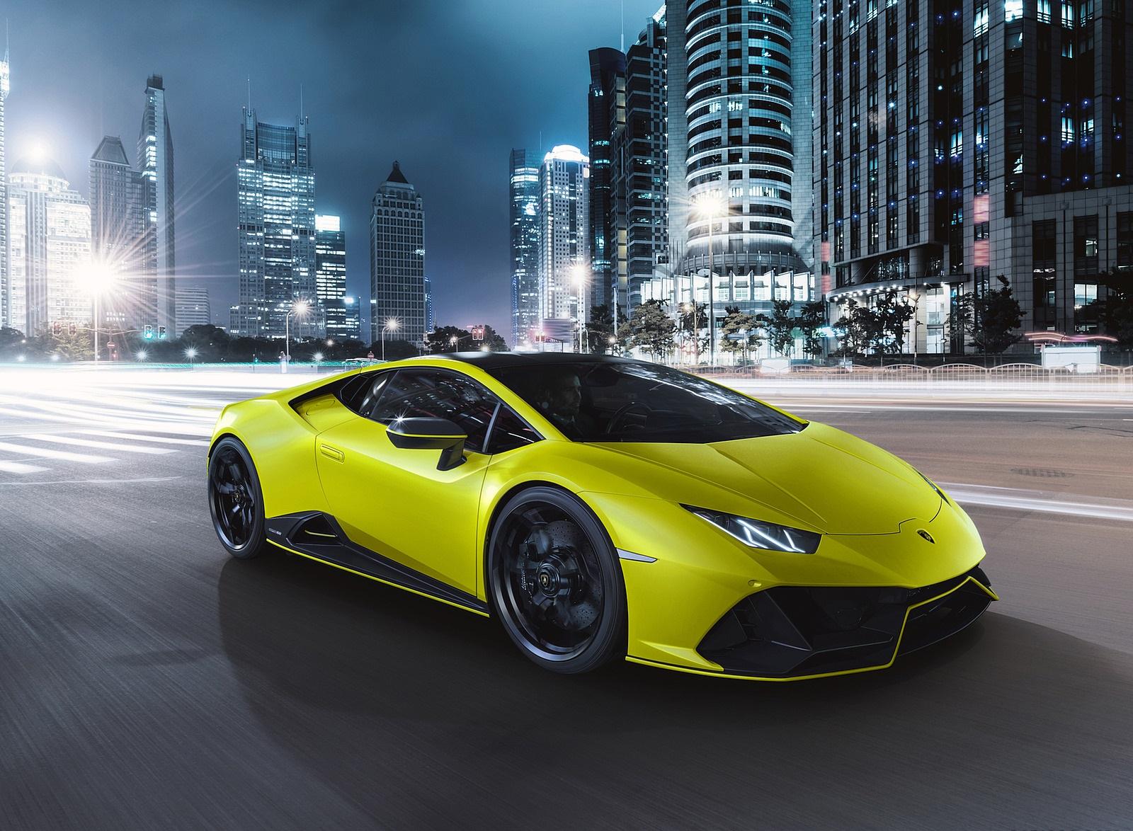 2021 Lamborghini Huracán EVO Fluo Capsule (Color: Yellow) Front Three-Quarter Wallpapers  (9)
